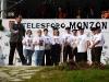 Scène 23 : libération de Monzon. Il participe à un meeting de Herri Batasuna à Gasteiz. Voir vidéothèque pour chant de Gasteiz, danse et chant 10 \'Nous avons gagné\'.